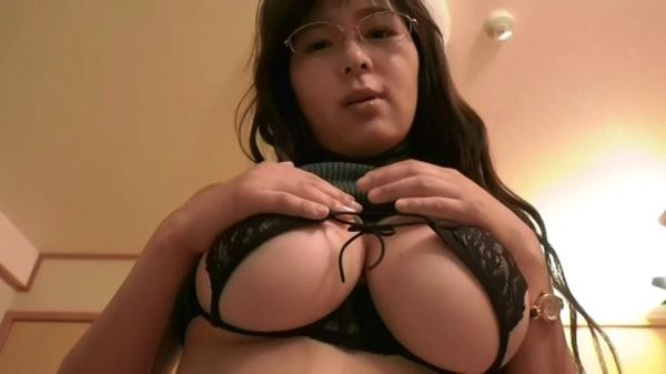 松川悠菜 セミヌードエロ画像065