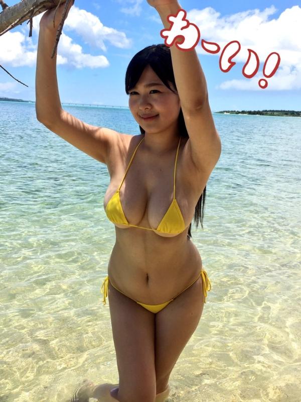 松川悠菜 セミヌードエロ画像076