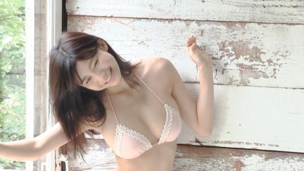 小倉優香 ハミ乳エロ画像014