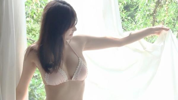 小倉優香 ハミ乳エロ画像033