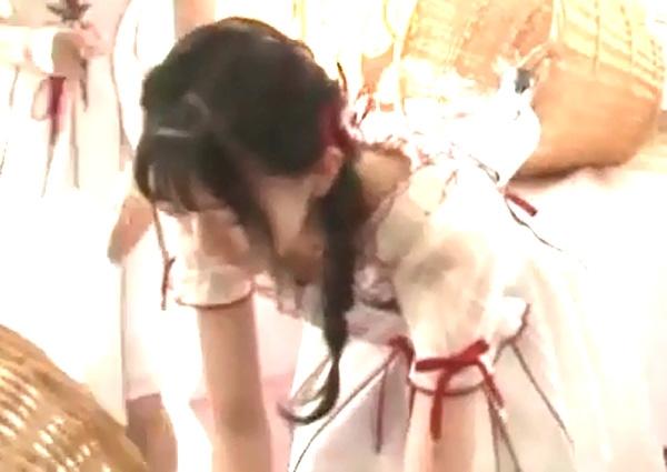 菅原りこ 乳首ポロリエロ画像017