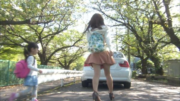 浅川梨奈 パンチラエロ画像028