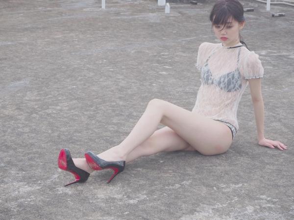 江野沢愛美 水着エロ画像016