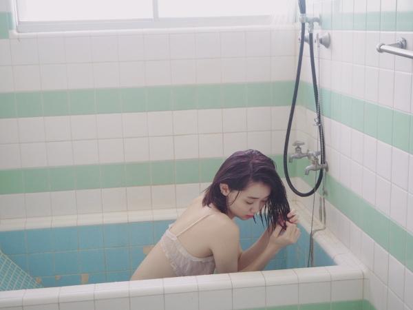 江野沢愛美 水着エロ画像022