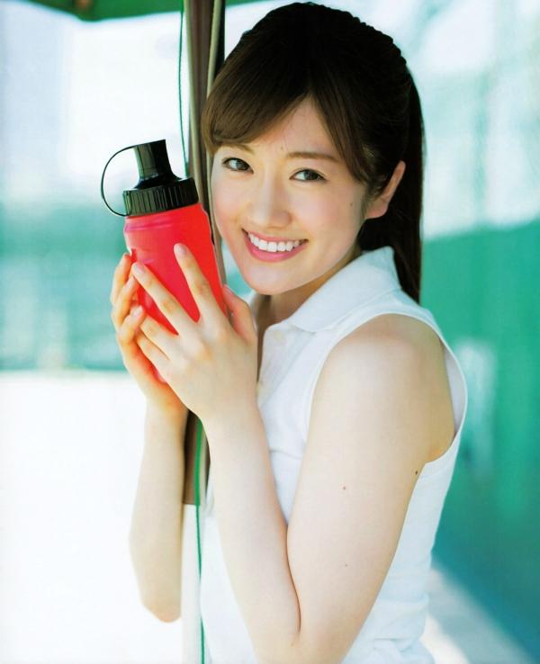 樋口日奈 おっぱいエロ画像010