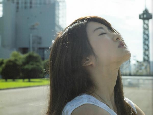 樋口日奈 おっぱいエロ画像016