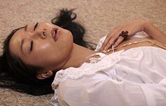 三田羽衣ぬーどえろ写真99枚☆ピンク映画「おなにーシスター」でチクビ解禁していた…
