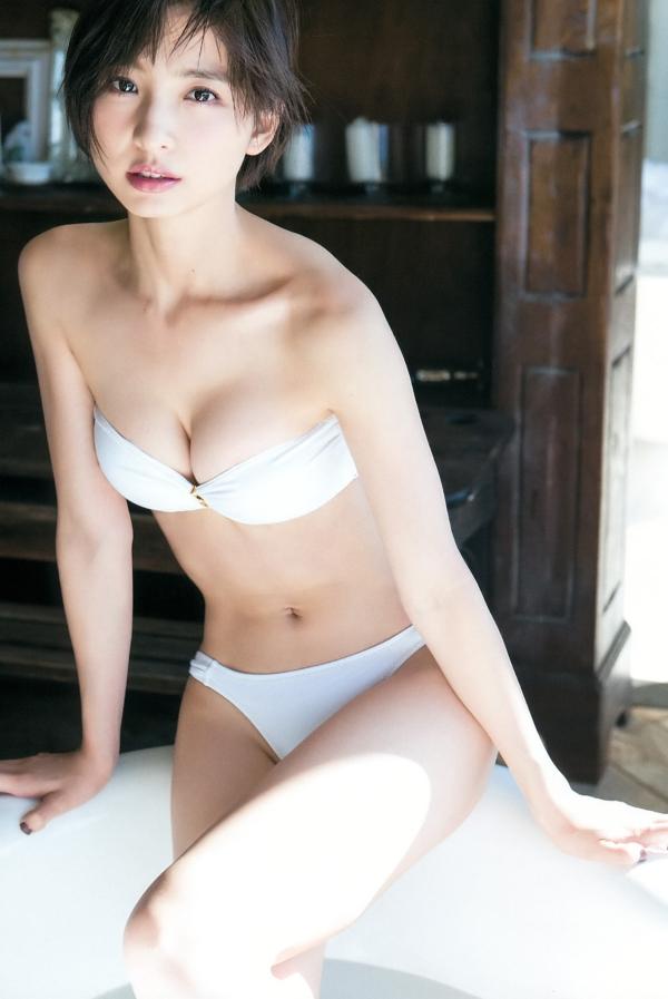 篠田麻里子 全裸入浴エロ画像024