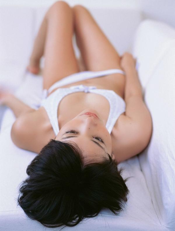 山崎真実 透け乳首エロ画像019
