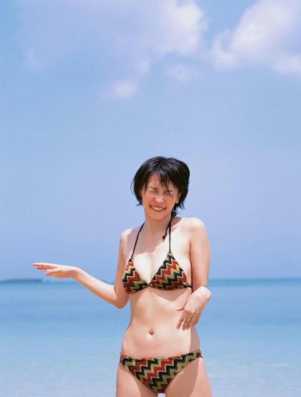 山崎真実 透け乳首エロ画像037