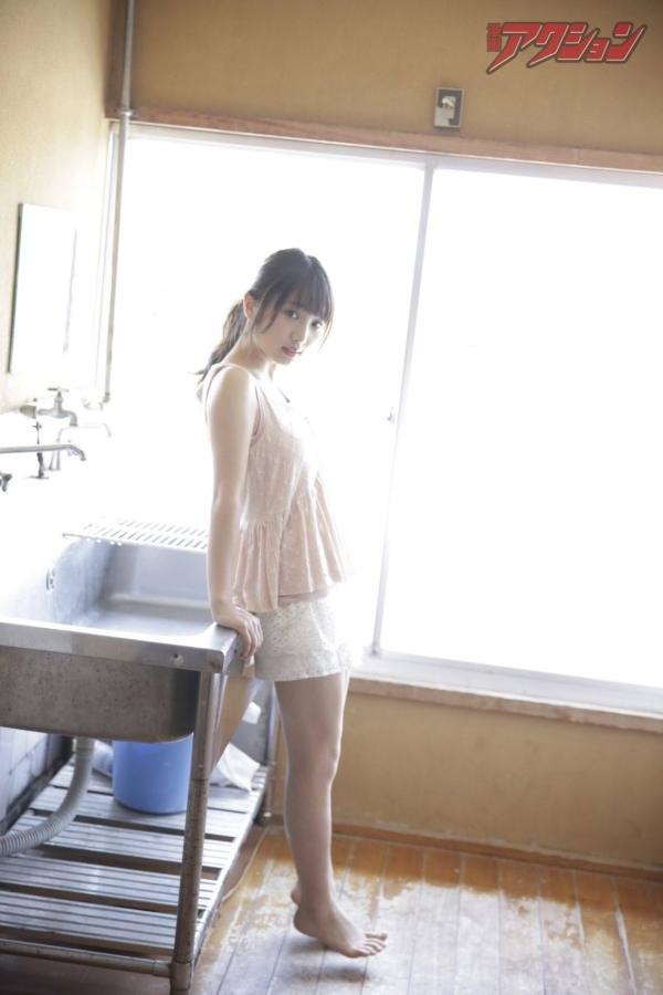 与田祐希 透け乳首エロ画像025
