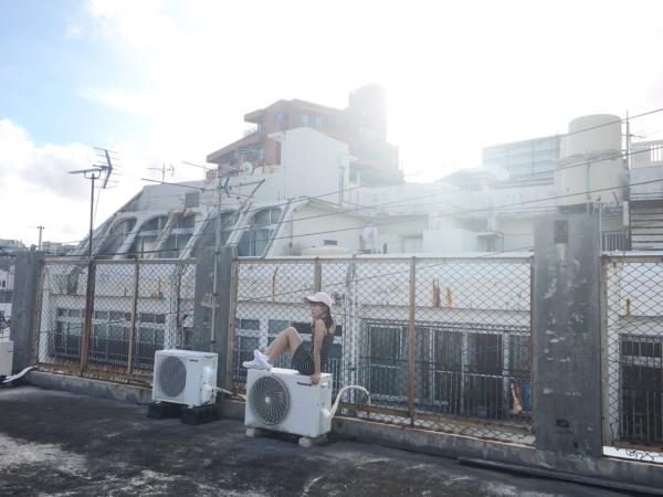 逢田梨香子 水着エロ画像009