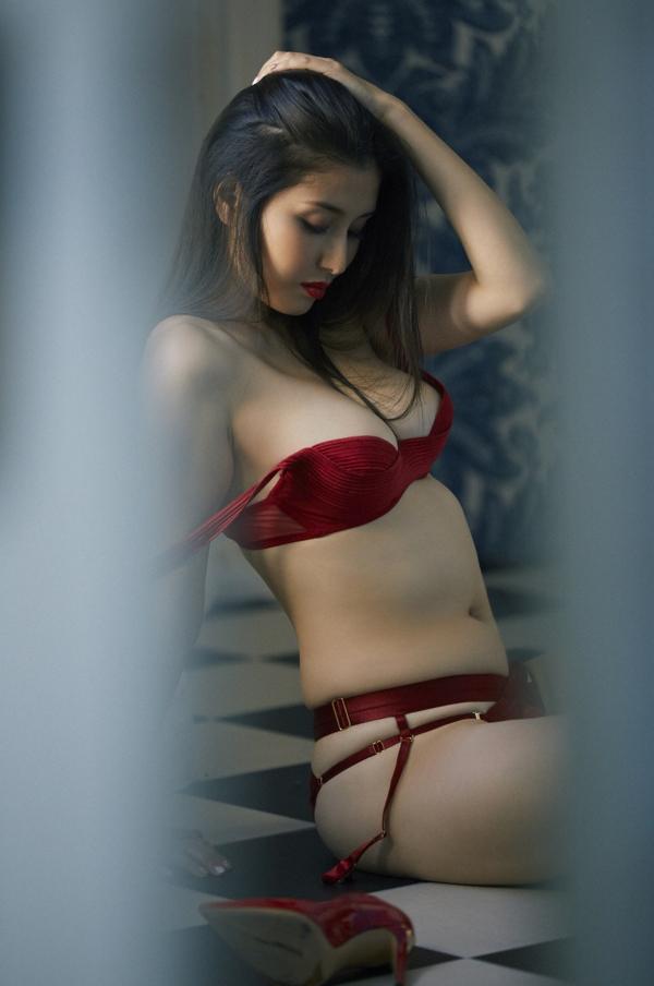 橋本マナミ エロ画像026