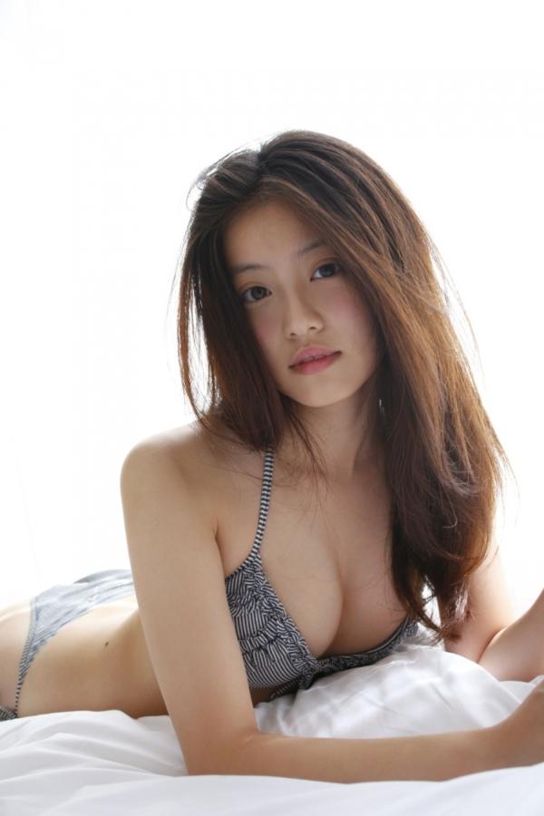 今田美桜 パンチラエロ画像036
