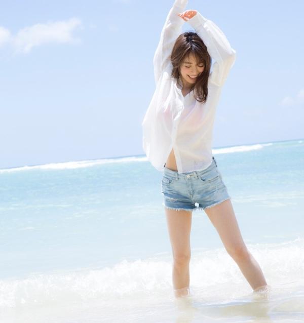 泉里香 エロ画像011