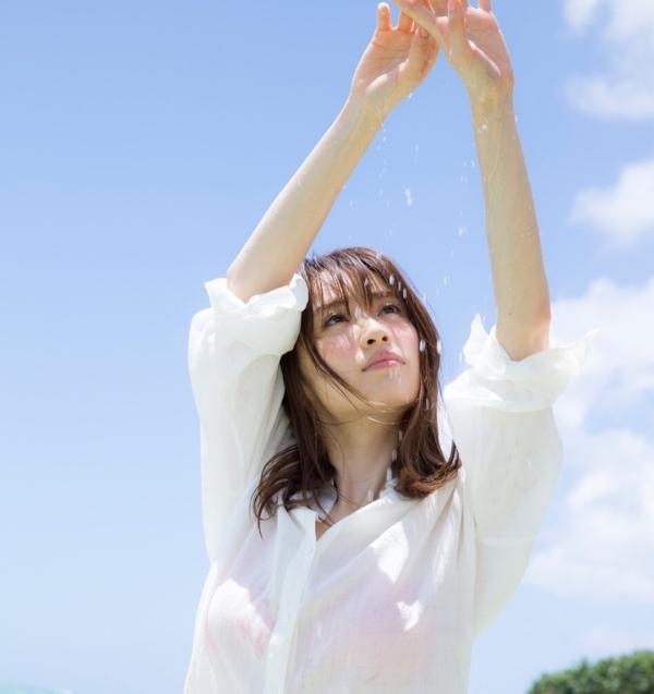 泉里香 エロ画像012