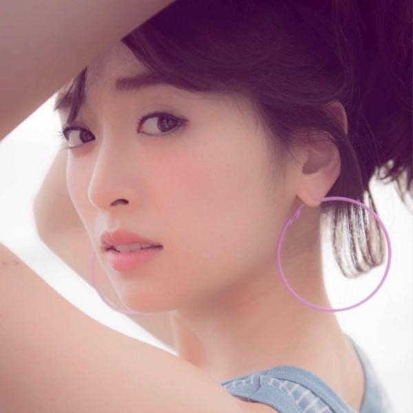 泉里香 エロ画像021