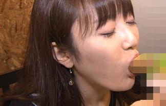 【放送事故】NHK女子アナが失態!「完全にジュボフェラ」「汁出てるw」【GIF&エロ画像29枚】