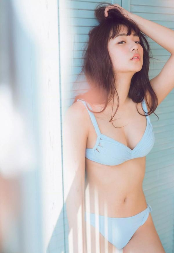 浅川梨奈 おっぱいエロ画像013