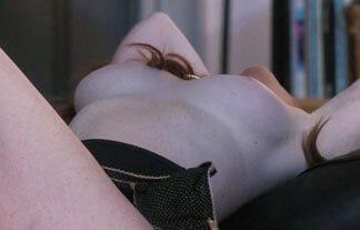 あの有名女優がフルヌードに!私生活の乳首ポロリも流出してもうめちゃくちゃ…【エロ画像40枚】
