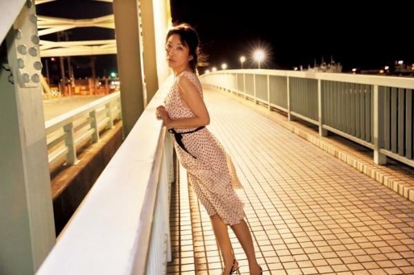小野真弓 エロ画像006