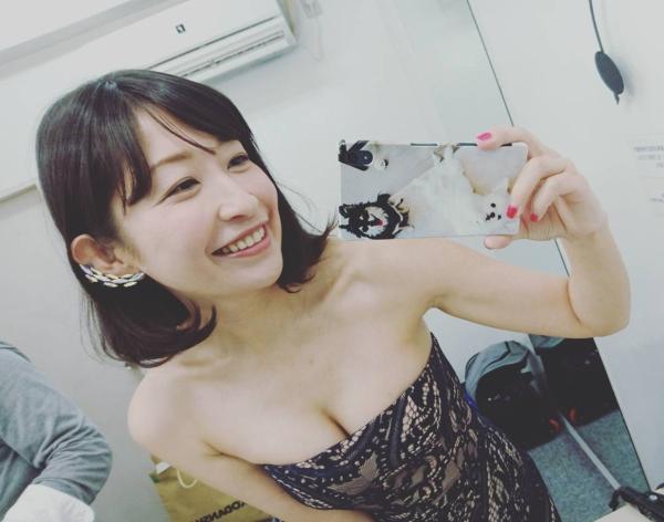小野真弓 エロ画像010