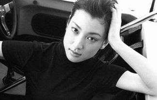 緒川たまきぬーど写真43枚☆若い頃のチクビ丸出しレズビアン濡れ場シーンがえろすぎる☆