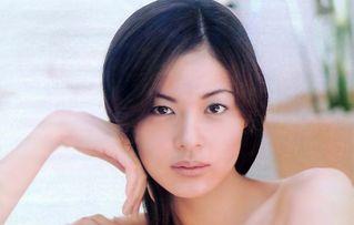 黒谷友香ぬーど写真146枚☆「TANNKA」のチクビモロ出し濡れ場がえろいフェロモン女優☆