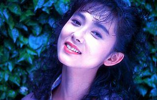 斉藤慶子ぬーど写真139枚☆お乳チクビ丸出し濡れ場がえろすぎるモデル女優☆