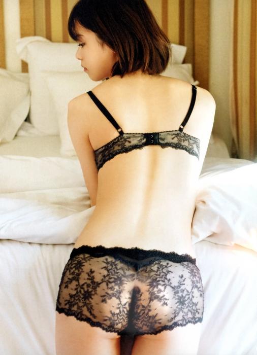 http://image-bankingf25.com/tokimeki/img/wimg/r-tera/201806/nishino_nanase/r-tera180606-nishino_nanase-01.jpg