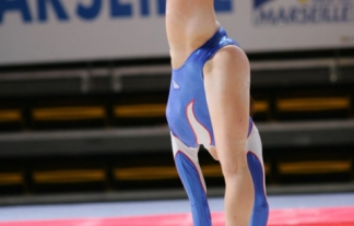 【股間】公然とマンコの食い込みを見せる体操・新体操選手たちwww時にはマンチラやハミマンのハプニングもwww【エロ画像】