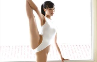 (軟体)M字より難度高いY字バランス開脚ポーズ☆股間を見せつけます☆(えろ写真)