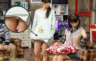 (放送事故)なんだかんだでやっぱり見てしまうアイドルのパンツ丸見えwwwwwwwwww(えろ写真)