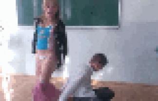 チクビポ少女やパンツマル見えの海外ハプニングをGIFムービーで見てみようずwwwwwwwwww
