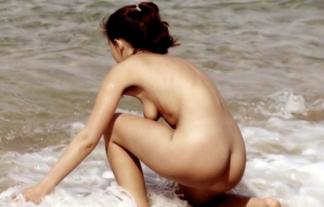 ヌーディストビーチという名を借りた公然猥褻wwwwwwwwwwただの露出狂の集まりだろwwwwwwwwww(えろ写真)