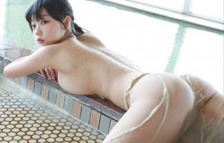青山ひかるは美巨乳に注目しがちだがお尻も十分けしからんぞwwwwwwww(写真29枚)