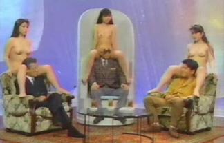 チクビまでモロ出しだった20年前のテレビ番組が凄いwwwwww(写真24枚)