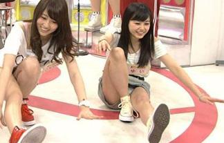 (美10代小娘パンツ丸見え)NHKがガチで受信料取りにきた結果wwwwww(GIFムービーあり)