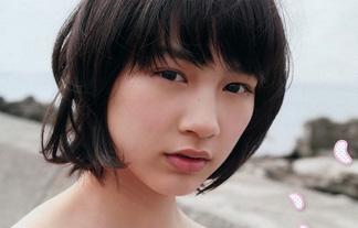 引退騒動の能年玲奈が女子JC時代に見せた貴重なビキニ姿をご覧ください(写真16枚)