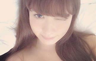 小嶋陽菜がチクビ透けてる自撮り写真をインスタに投稿し話題に☆(写真あり)