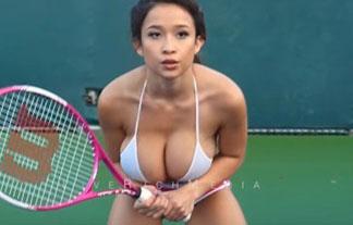 BUSト100cm超えのボインちゃんがテニスをやった結果…(ムービーあり)