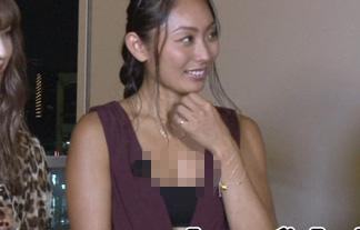 (胸チラ)安藤美姫、ヒルナンデスで胸元ざっくりなえろい格好させられるwwwwww(写真16枚)