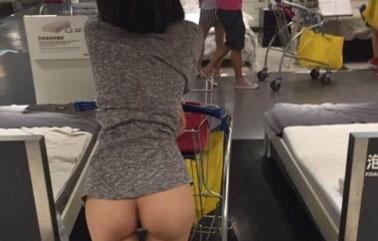 (写真)IKEAにとんでもない露出狂女現る→警察が捜査に乗り出す事態にwwwwwwww