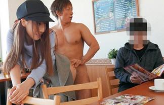 三上悠亜、元国民的あいどるなのに公衆の面前でSEXさせられるwwwwww(えろ写真12枚)