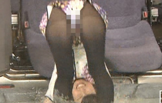 神田愛花がマンぐり返しでパンツ丸見え☆芸人の女になった元NHKアナの末路…(えろ写真18枚)