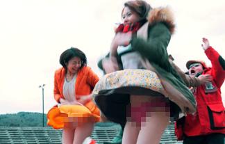 中村静香と山本舞香がWパンツ丸見え☆その瞬間をじっくり検証するキャプえろ写真20枚