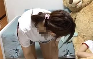 AKB48大島涼花(18)、胸チラお乳を数秒間生配信してしまうwwwwww(GIFムービー)