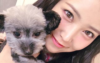 AKB48白間美瑠 ボッキチ〇ポと撮った写真をSNSにアップ→すぐ修正される…