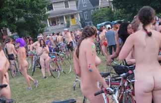 (衝撃)ぬーどで自転車に乗って公道を走るという神イベントが存在するらしい…えろ過ぎ…