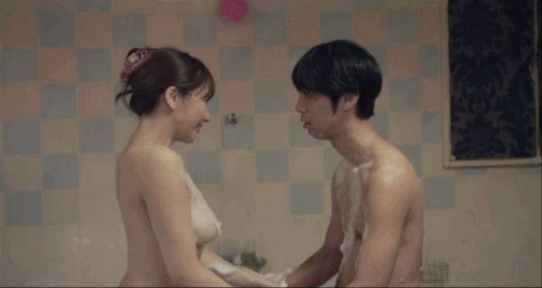 藤崎里菜 濡れ場 ヌード エロ画像006